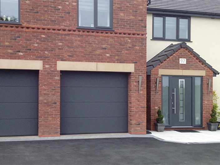 1st Choice Ace Garage Doors In Macclesfield Cheshire
